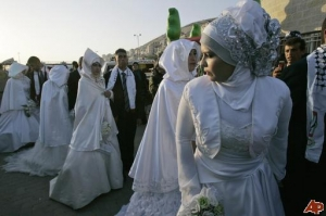 Newly married couples, Palestine