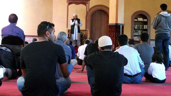 A Jum'a sermon at the San Francisco Mosque